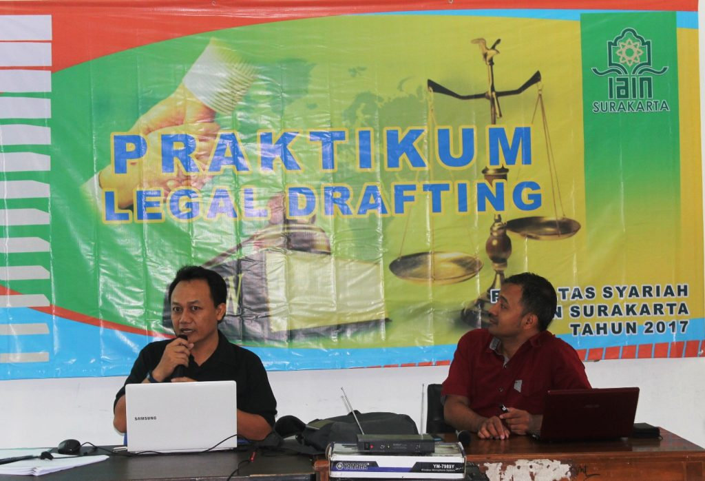 Dosen Pengampu Legal Drafting